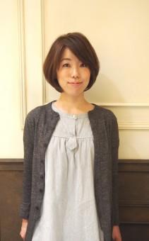 ビオレストランで働く美人ソムリエの尾崎さん