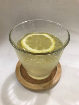 夏に向けて、美味しい「蜂蜜レモンゼリー」。